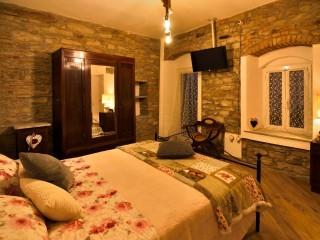 Il Borgo del Castello Guest House