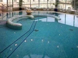 GRAND HOTEL NUOVE TERME (CHIUSO FINO A SETTEMBRE 2020)