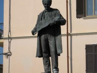 Maggiora - Statua di Alessandro Antonelli
